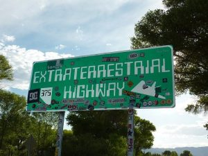 extraterrestrial-highway-sign-ufo