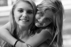 best-friends-381984_640-girlfriends-day