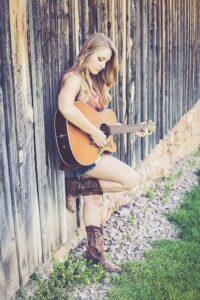 female-guitar-country-music