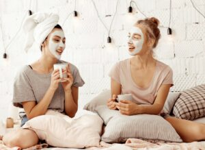 girlfriend-day-coffee-face-mask